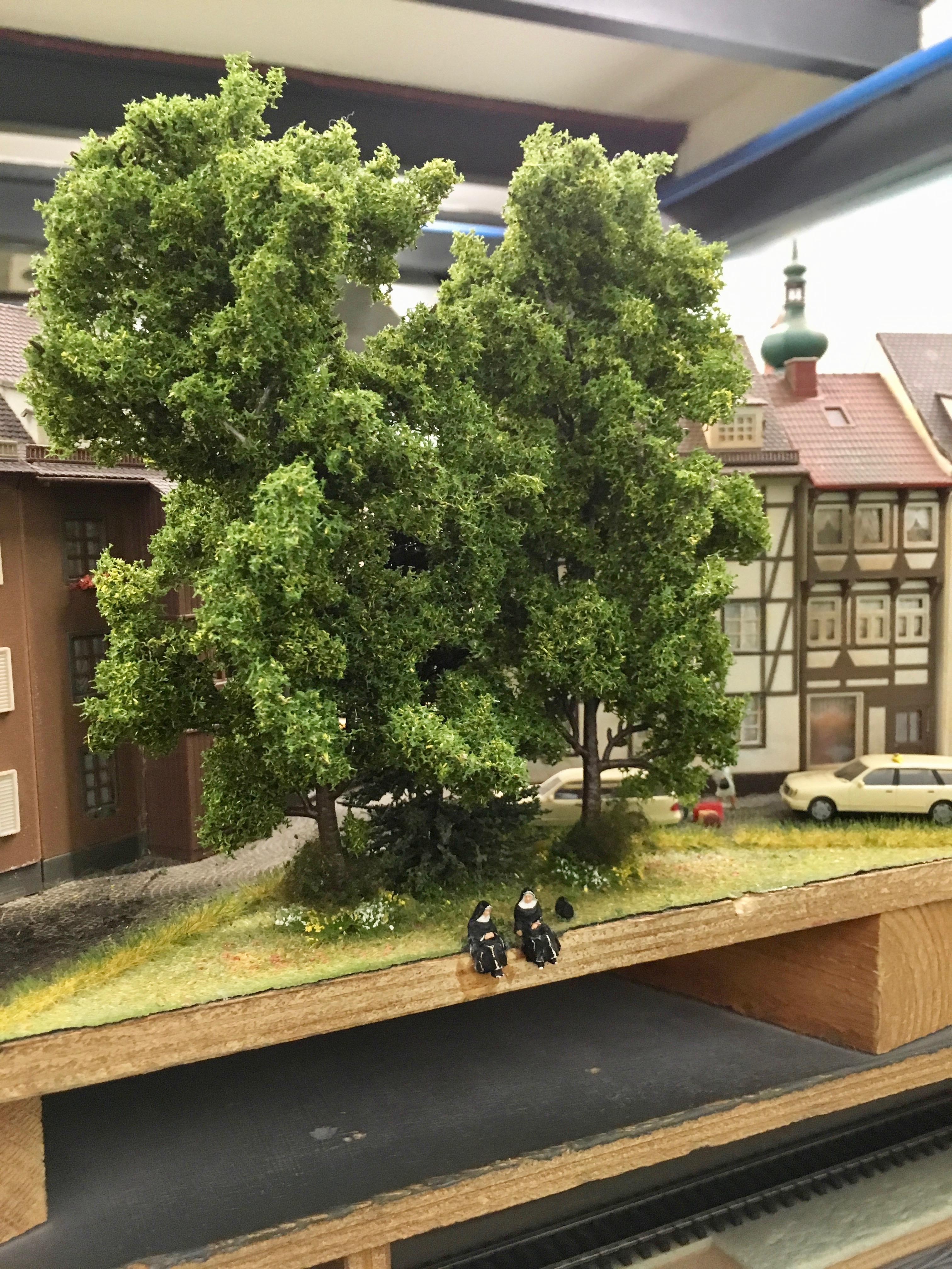 Miniatur Wunderland: Nonnenszene hinter den Kulissen